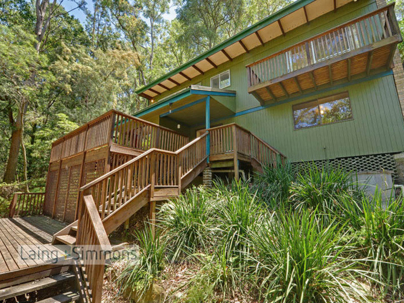 19 Fern Tree Close, Hornsby, NSW 2077