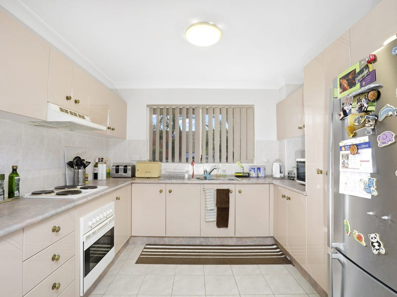 2/124 Flora Street, Sutherland, NSW 2232