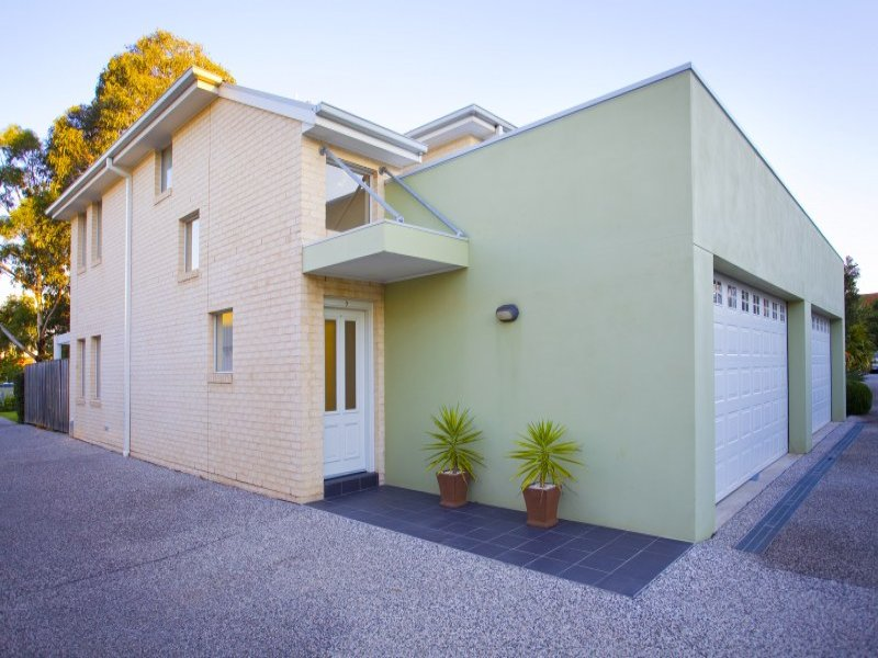 Unit 7,4a Tallegalla Street, Unanderra, NSW 2526