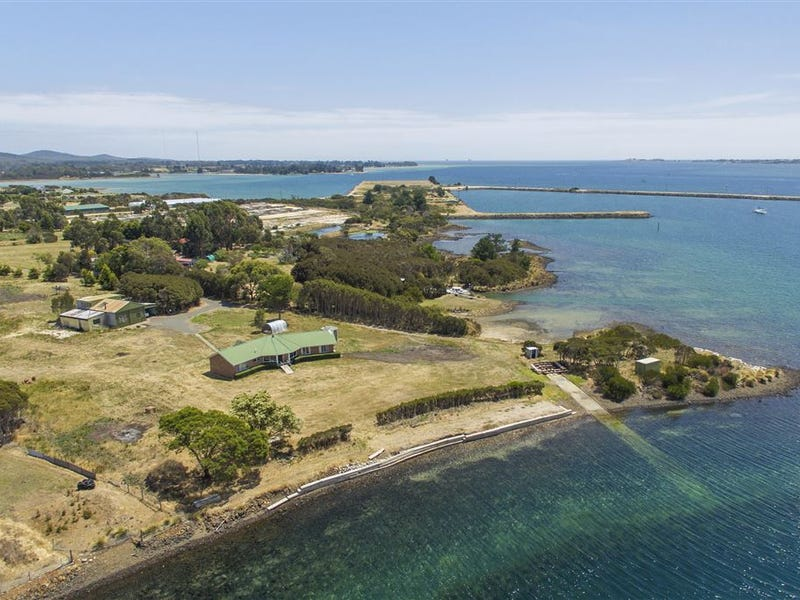 185 Bevic Road, Clarence Point, Tas 7270