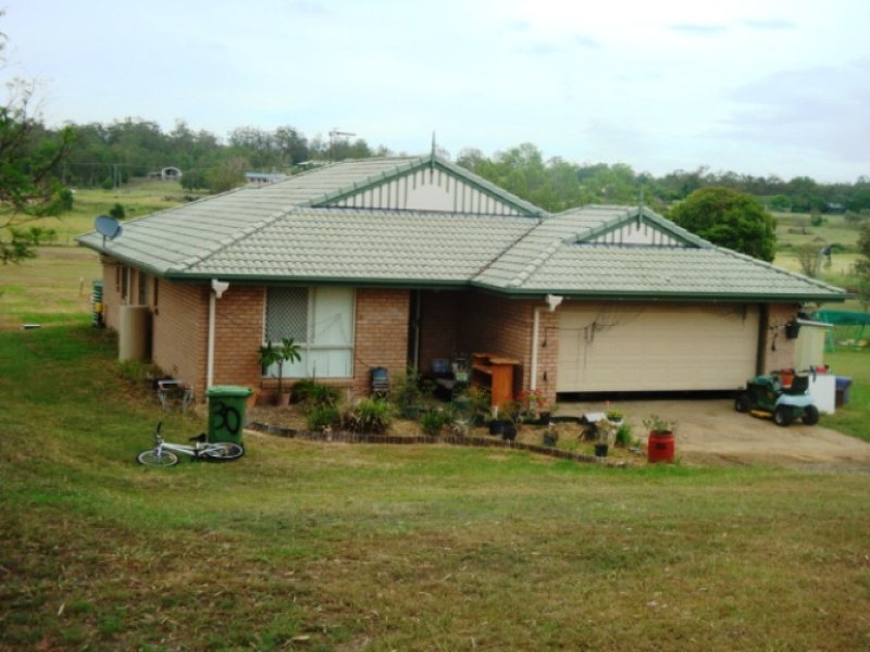 32 Hewett dr, Regency Downs, Qld 4341