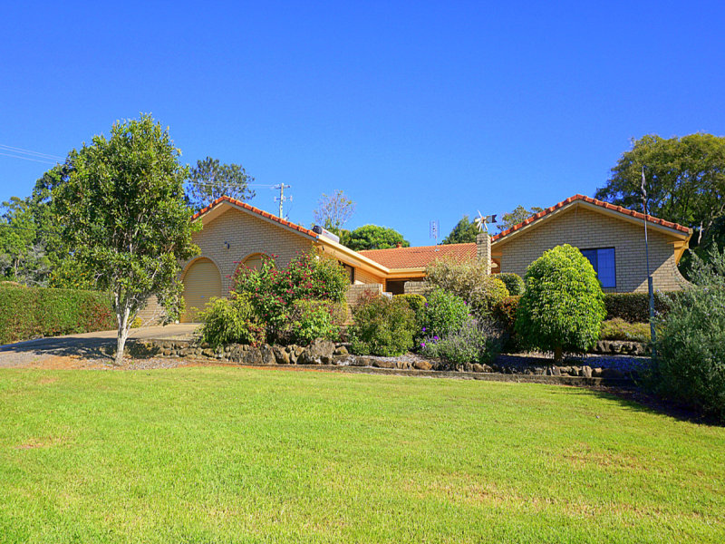 5 Gibson Avenue, Maleny, Qld 4552