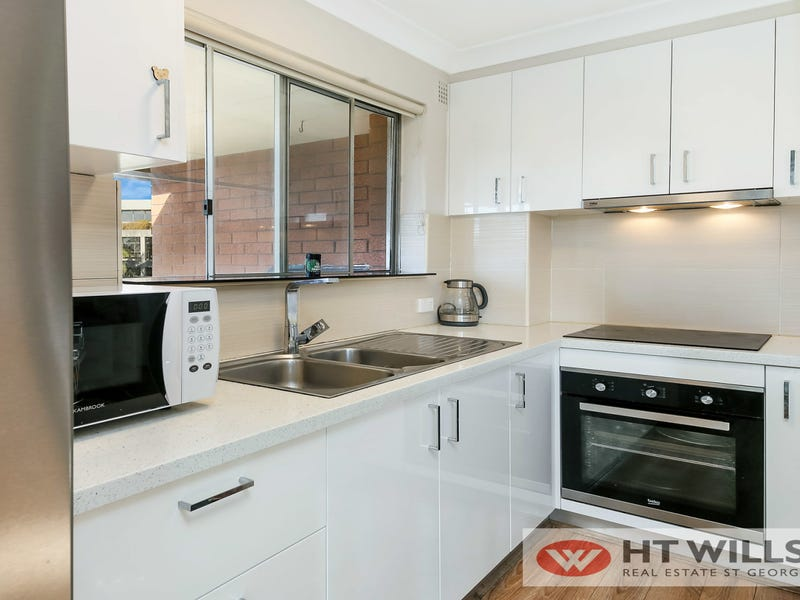 5/15 Gloucester Road, Hurstville, NSW 2220