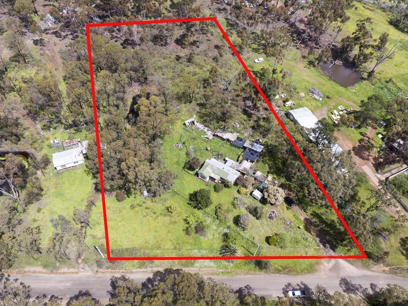 21 Golden Gully Road, Kangaroo Flat, Vic 3555