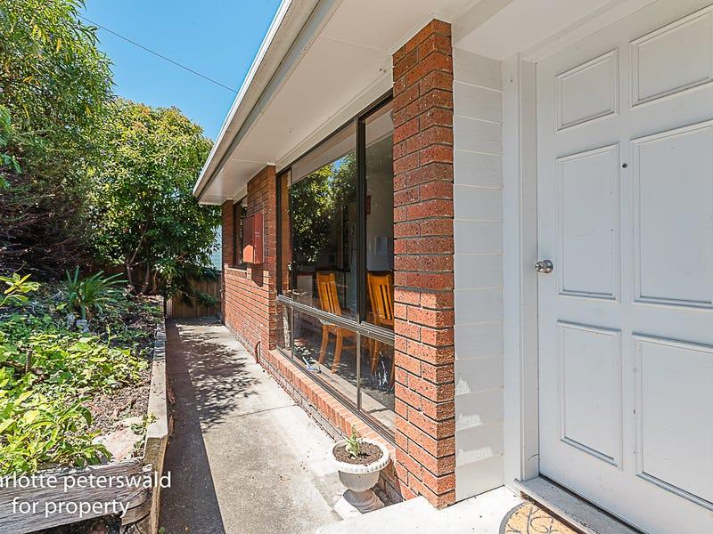 50 Alexander Street, Sandy Bay, Tas 7005
