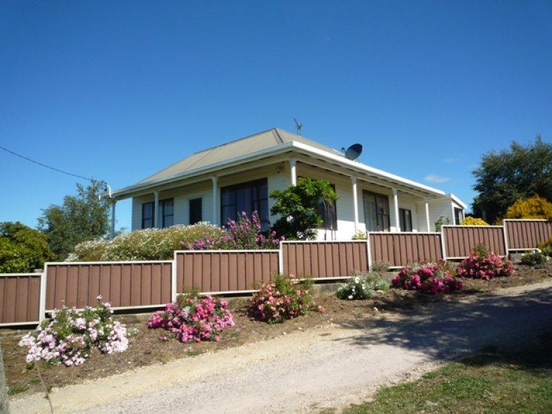 80 Clarkes Road RIANA, Penguin, Tas 7316