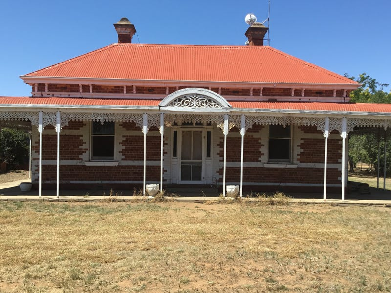 70 Glenview Road, Howlong, NSW 2643