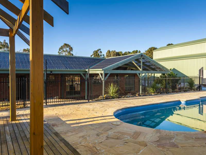 414 Lauriston Road, Lauriston, Vic 3444
