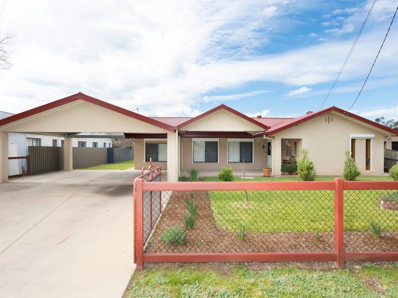453 Lake Albert Road, Lake Albert, NSW 2650