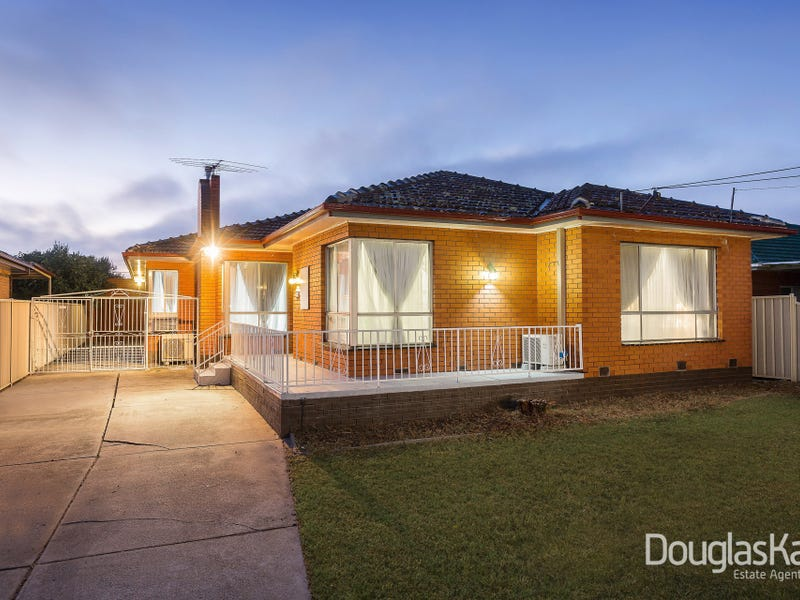 28 Bangerang Avenue, Sunshine North, Vic 3020