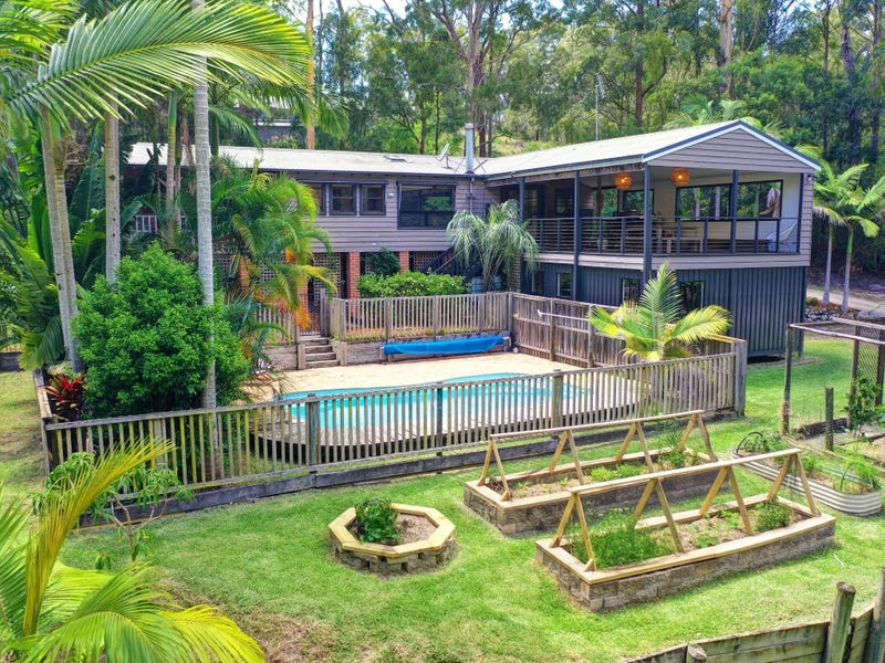 6 Palm Close, Smiths Lake, NSW 2428