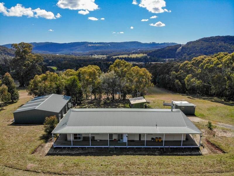 25 Bunstons Road, Tolmie, Vic 3723
