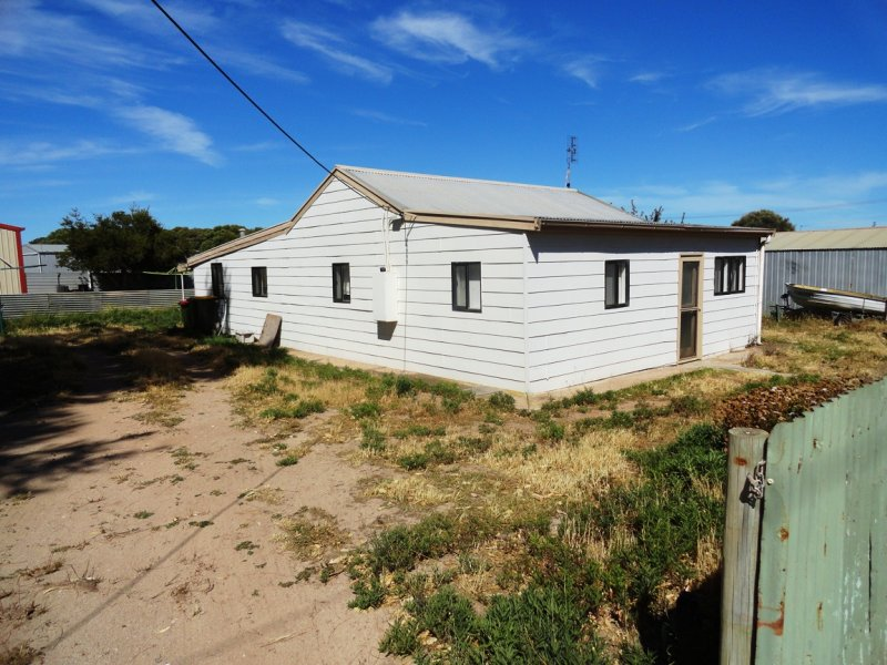 18 Seventh Street, Elliston, SA 5670