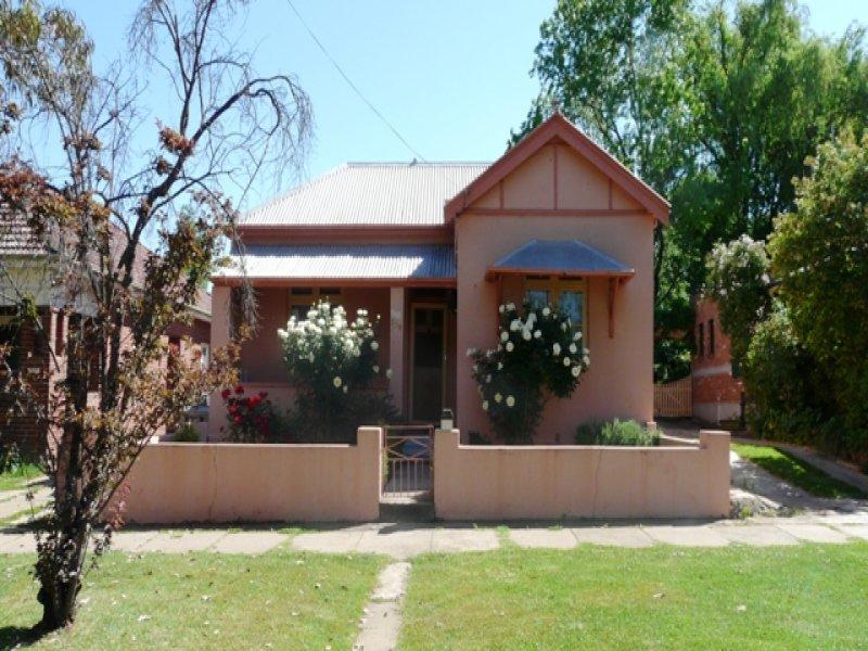230 Russell Street, Bathurst, NSW 2795