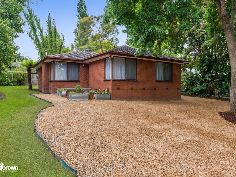 882 Warburton Highway, Seville East, Vic 3139