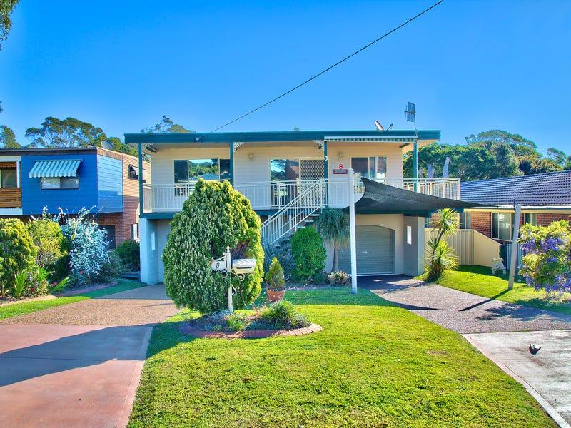 8 Marlowe Road, Bateau Bay, NSW 2261