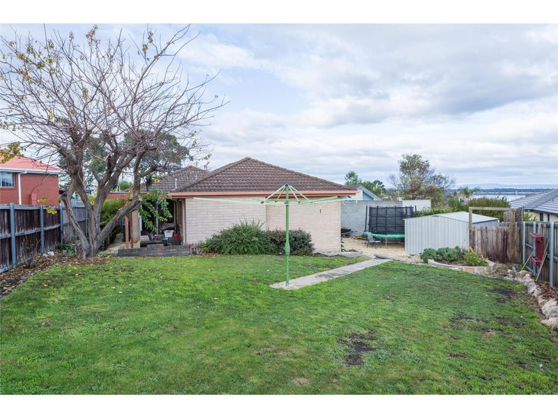 9 East Crescent, Midway Point, Tas 7171