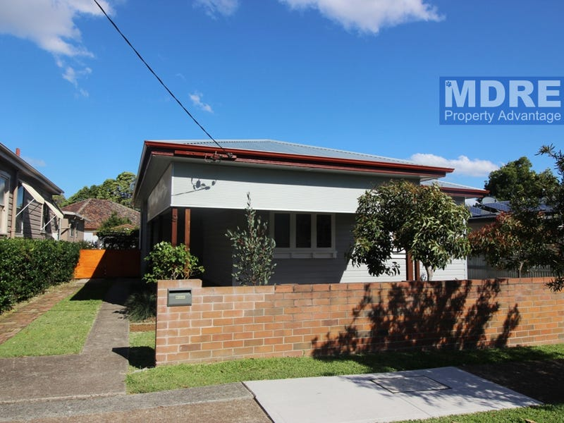 9 Werribi Street east, Mayfield West, NSW 2304