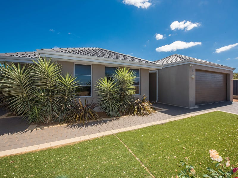 7 Reflection Cove, Drummond Cove, WA 6532