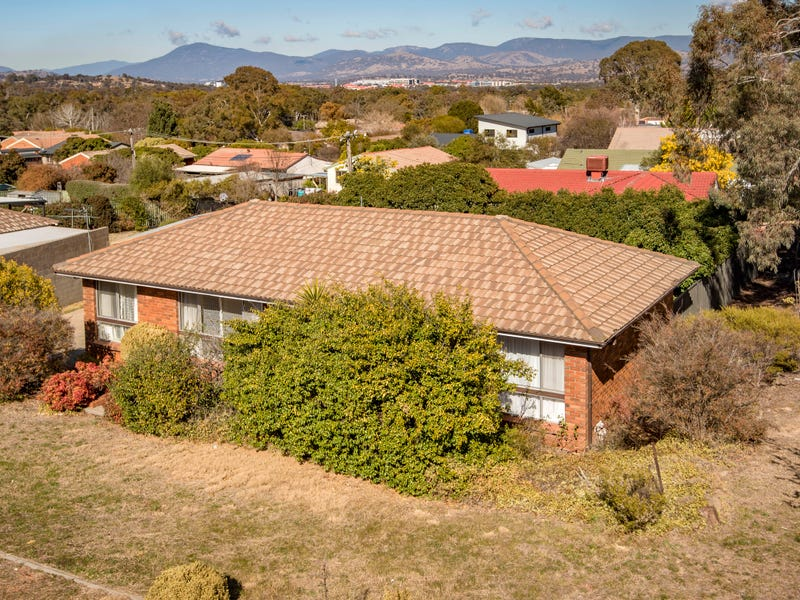 2 Oldfield Circuit, Kambah, ACT 2902