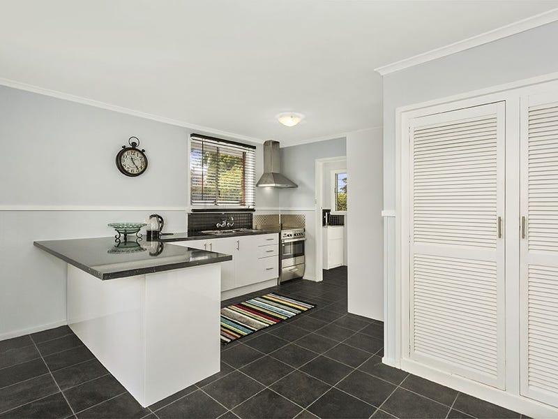 26 Cromwell Street, Ravenswood, Tas 7250