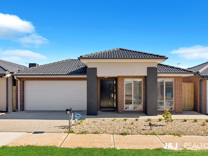 38  Kalbian Dr, Clyde North, Vic 3978