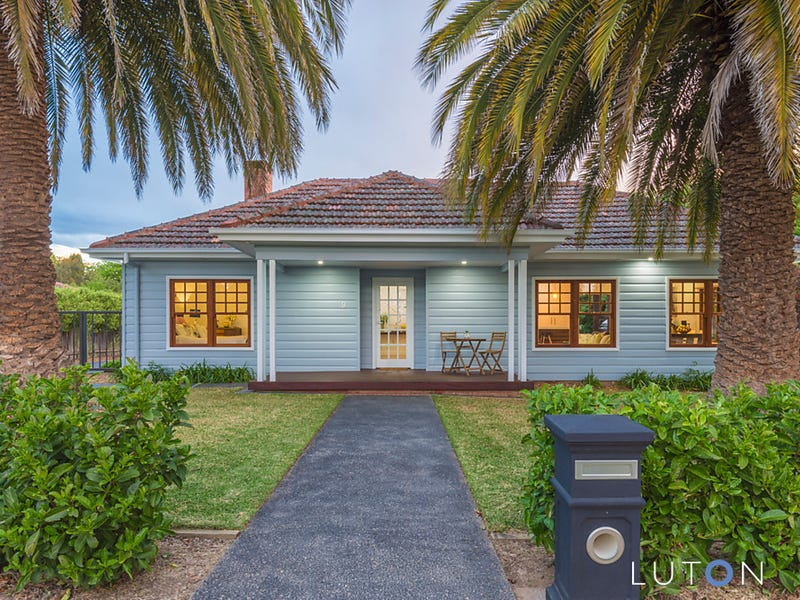 9 Hargraves Crescent, Ainslie, ACT 2602