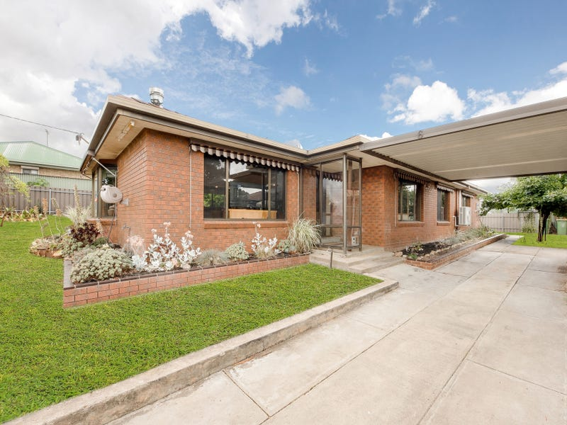 6-8 Ford Street, Beechworth, Vic 3747