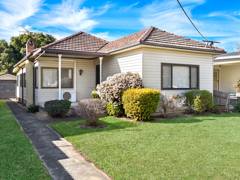 150 The Boulevarde, Fairfield Heights, NSW 2165