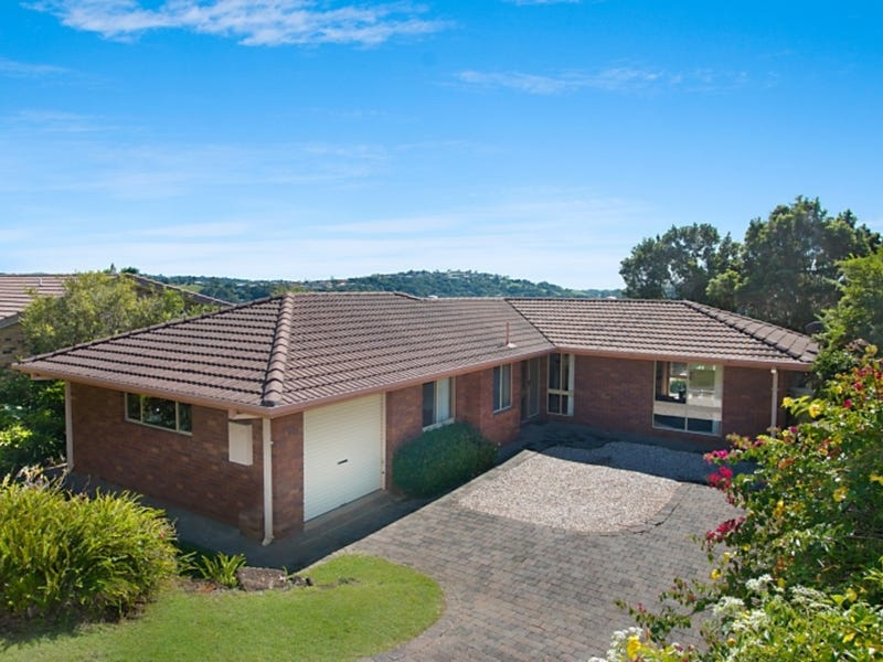 18 Jarrah Place, Banora Point, NSW 2486
