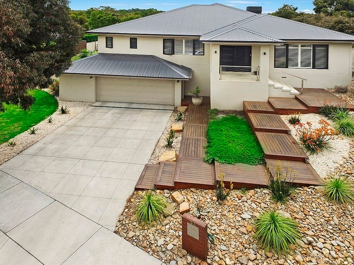 23 Bronwyn Court, Spring Gully, Vic 3550