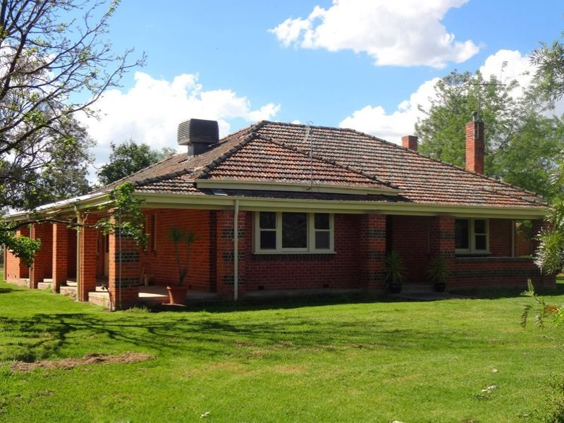 20 Back Estcourt Road, North Wangaratta, Vic 3678