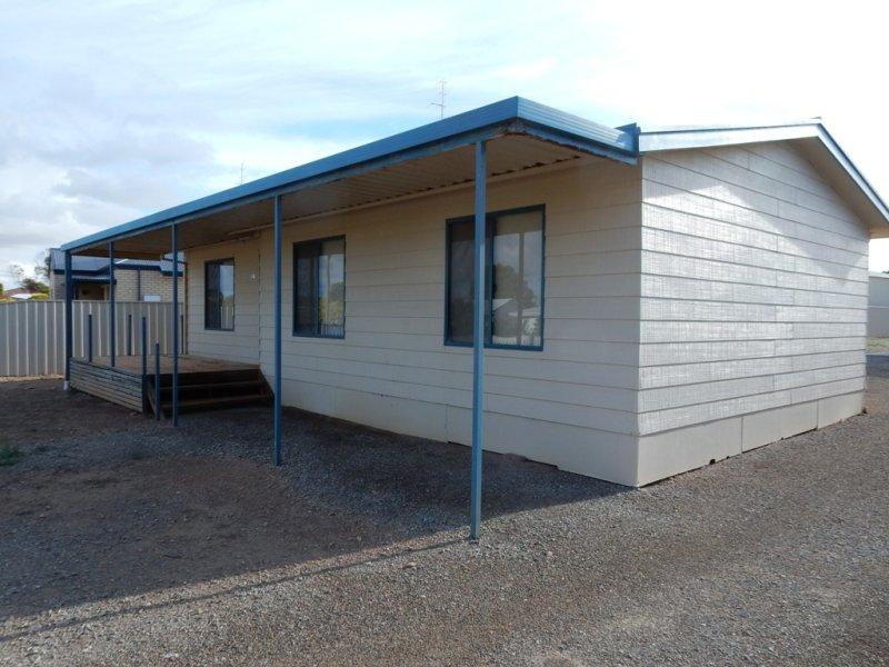 14 Casper Crescent, Port Victoria, SA 5573