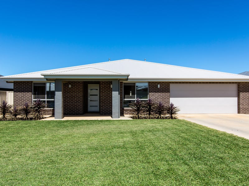 9 Morris Crescent, Gobbagombalin, NSW 2650