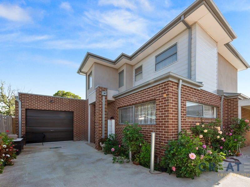 2/77 Talintyre Road, Sunshine West, Vic 3020