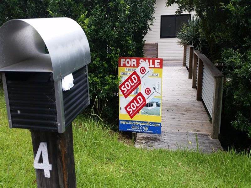 4 Crown Cl, Tarbuck Bay, NSW 2428
