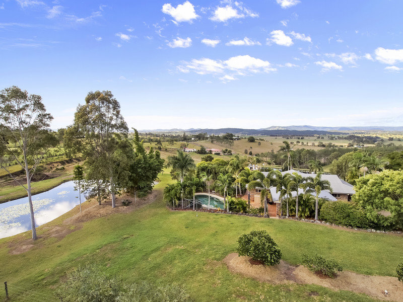 21 Eclipse Court, Lagoon Pocket, Qld 4570