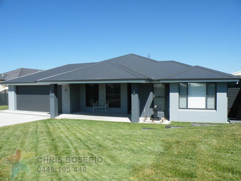 22 Westbourne Drive, Bathurst, NSW 2795