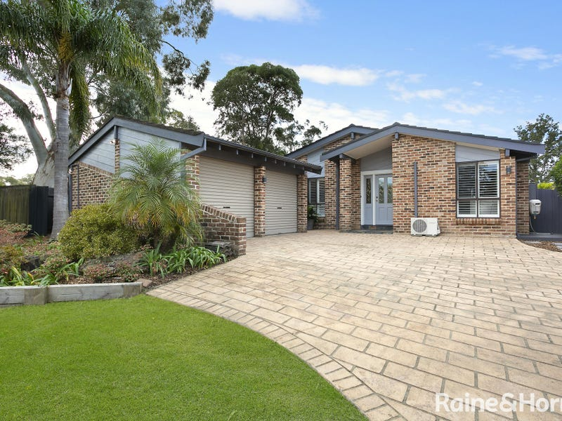 129 Oxley Drive, Mount Colah, NSW 2079