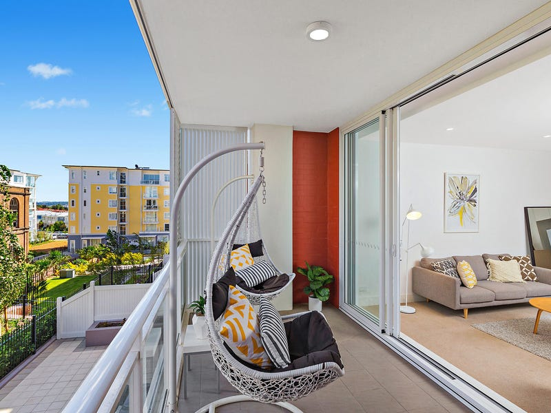 311/2 Palm Avenue, Breakfast Point, NSW 2137