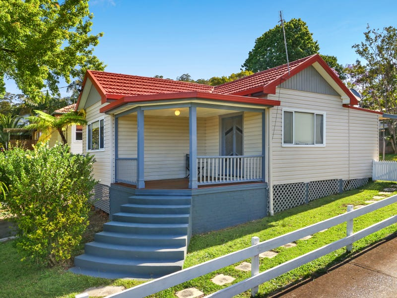 18 Collard Road, Point Clare, NSW 2250