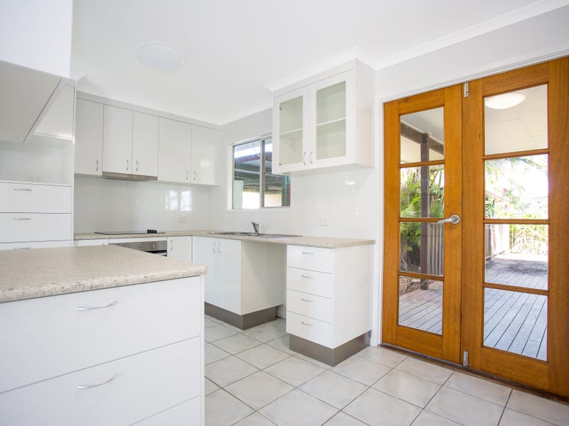 16 Salmon Avenue, Eimeo, Qld 4740