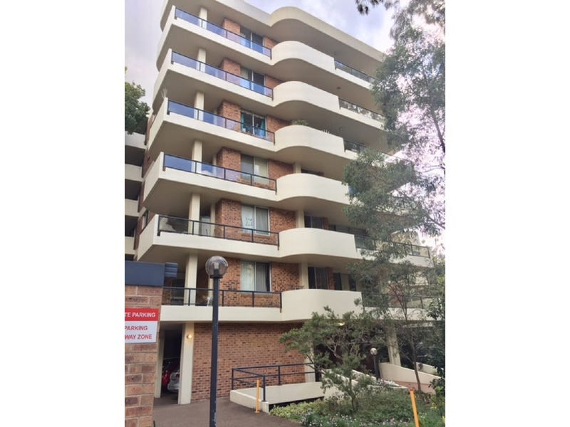 33/2 Parkside Lane, Chatswood, NSW 2067