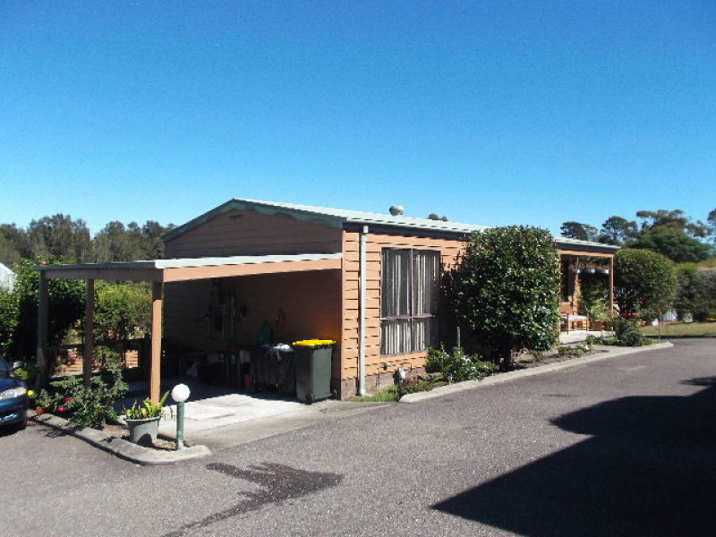 27/12 OLD PRINCES HIGHWAY, Batemans Bay, NSW 2536