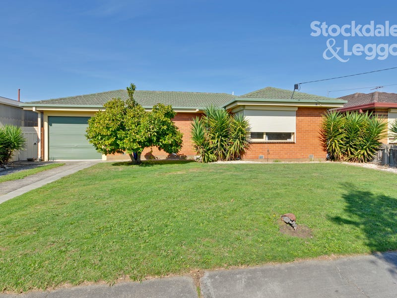 30 Gillie Crescent, Morwell, Vic 3840