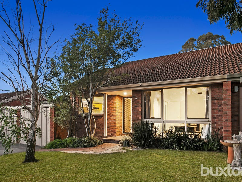 18 Ridder Court, Dingley Village, Vic 3172