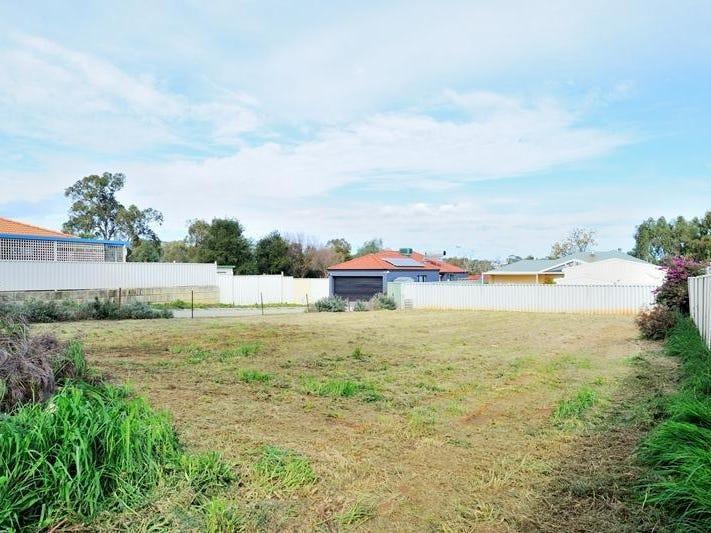 12 Avon Crescent, Viveash, WA 6056