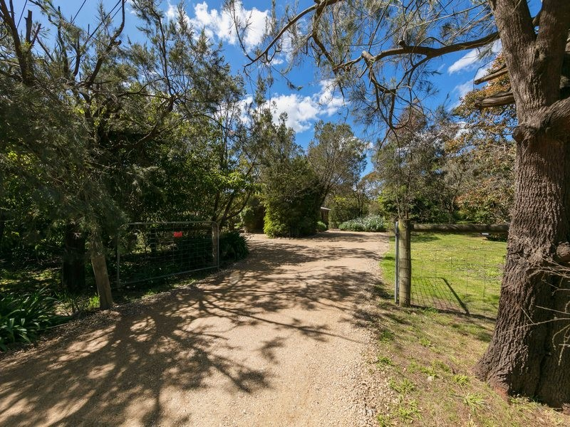 9 Hume Road, Somers, Vic 3927