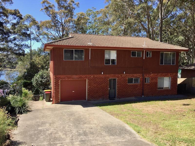 33 Wallaroy Drive, Burrill Lake, NSW 2539