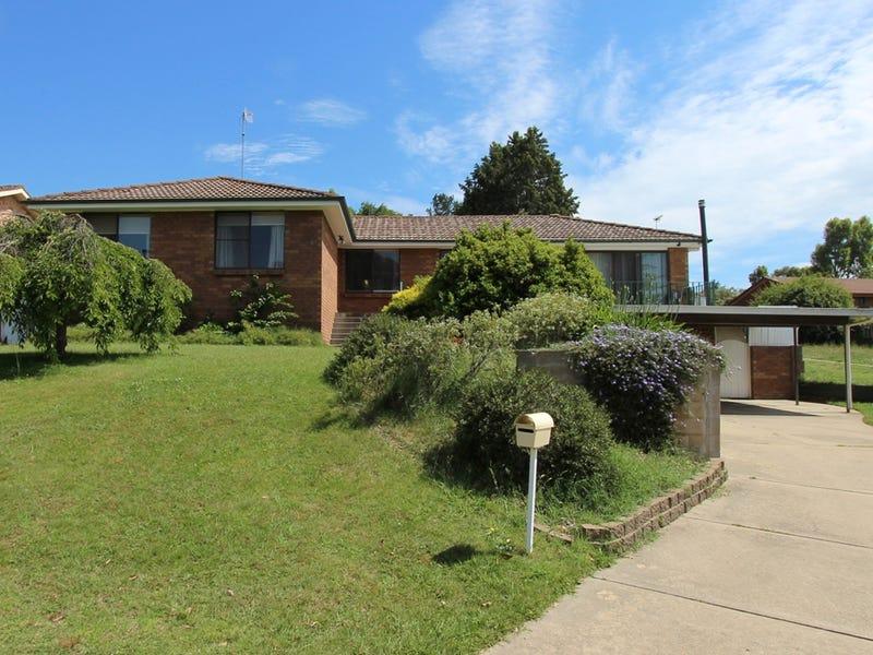 10 Deniehy Place, Windradyne, NSW 2795